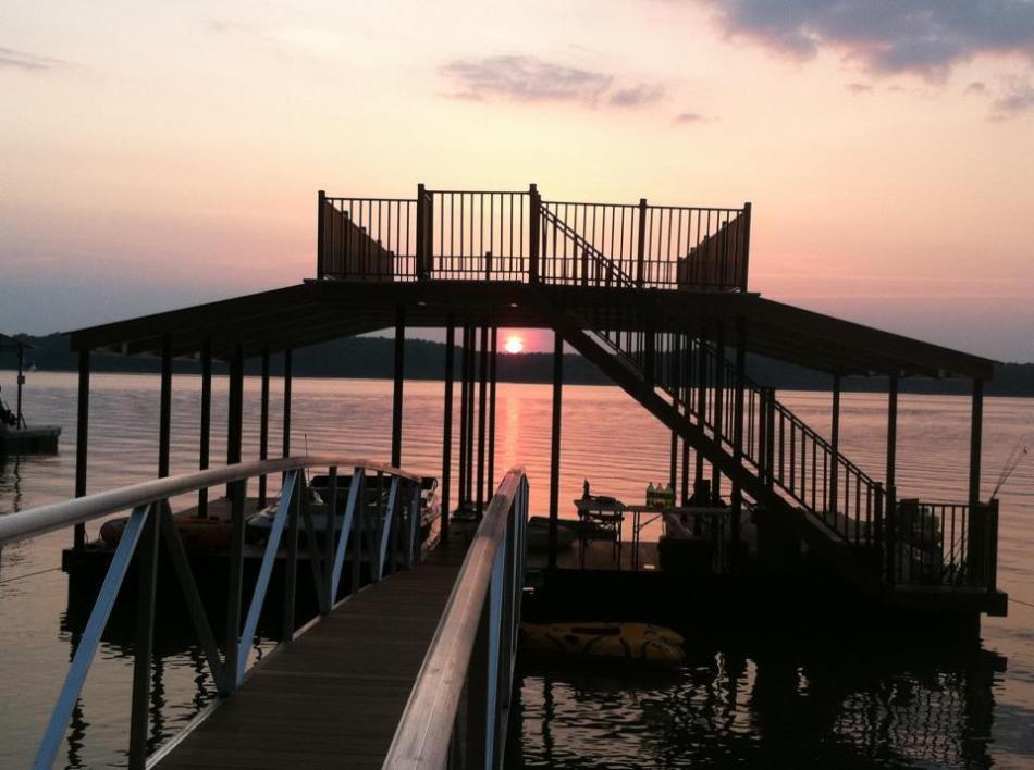 Wahoo Dock aluminum boat dock on West Point Lake