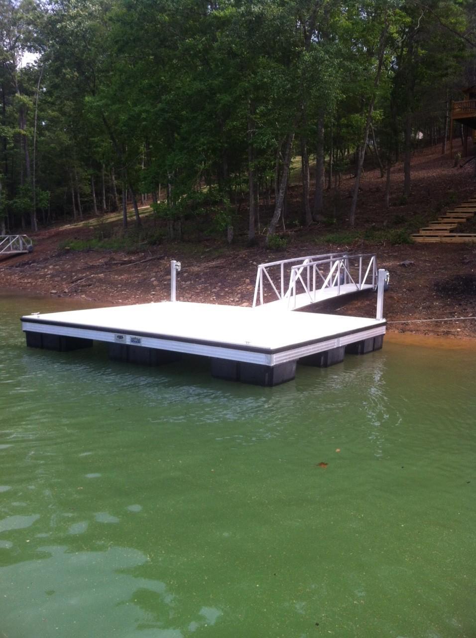 Floating swim docks bing images for Small pond dock plans