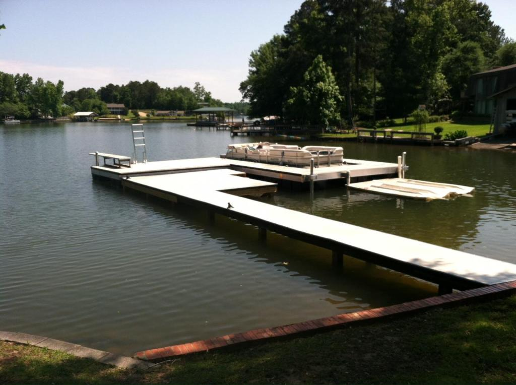 fixed / floating dock combination on Lake Martin