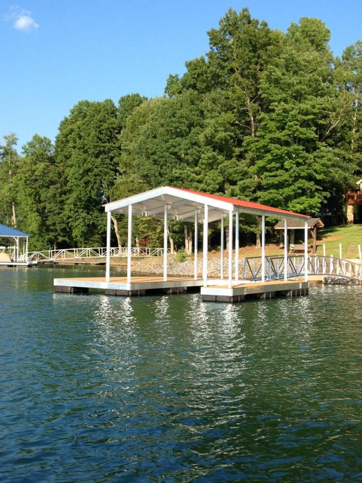 NGBL CAT3 boat dock at Lake Chatagua