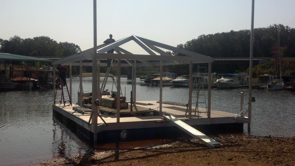 CAT3 aluminum dock on Buggs Island Lake